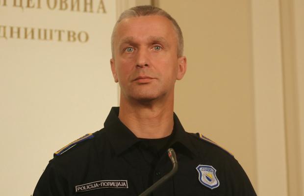 Vilić podržao Sindikat: Više od 10 godina državni policajci najlošije plaćeni