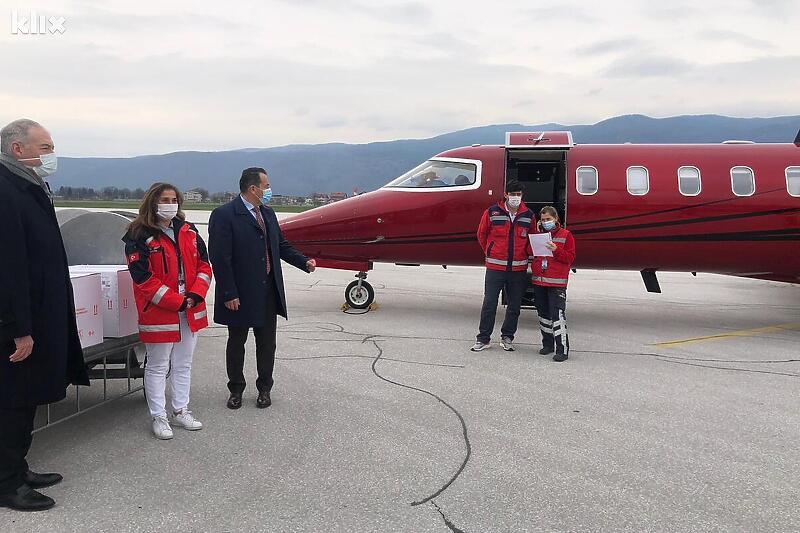 U Sarajevo stiglo još 10.000 vakcina iz Turske za policijske agencije u BiH